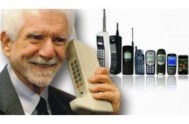 Первый в мире мобильный (сотовый) телефон